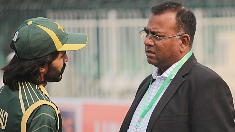 WORLD CUP 2019: बासित अली और तनवीर अहमद ने इस पाकिस्तानी खिलाड़ी को बताया पर्ची क्रिकेटर 2
