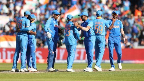 CWC 2019: भारतीय टीम ने इंग्लैंड की धीमी होती पिच पर गेंद को रिवर्स स्विंग करवाने के लिए ढूंढा नायब तरीका 1