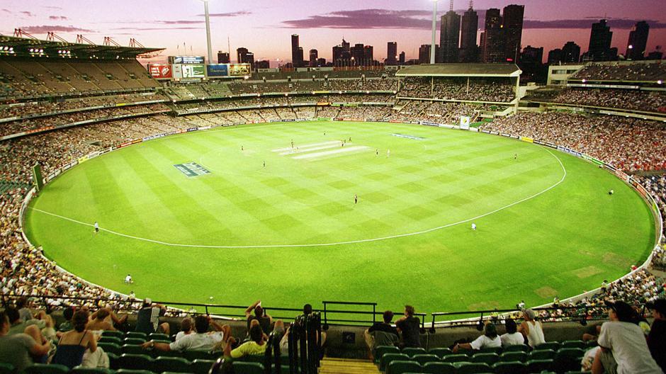 एकमात्र टीम जिसके खिलाड़ियों ने लगाये हैं 50 ओवर की क्रिकेट में 8 दोहरे शतक