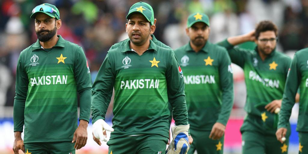 बांग्लादेश के 7 रन बनाते ही पाकिस्तान हुआ बाहर, लोगो ने ट्विटर पर जमकर उड़ाया मजाक