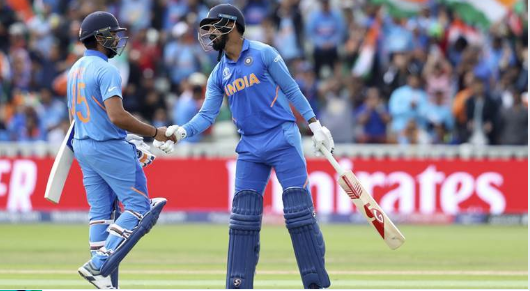 INDvsBAN : सहवाग, लक्ष्मण जैसे दिग्गजों ने की रोहित की तारीफ, इस भारतीय खिलाड़ी का बना मजाक 1