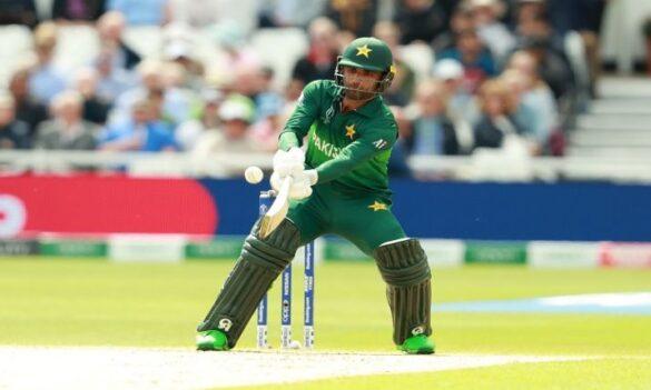 पाकिस्तान में हो रही आलोचना के बीच इस विदेशी टीम ने किया फखर जमान को अपनी टीम में शामिल 16