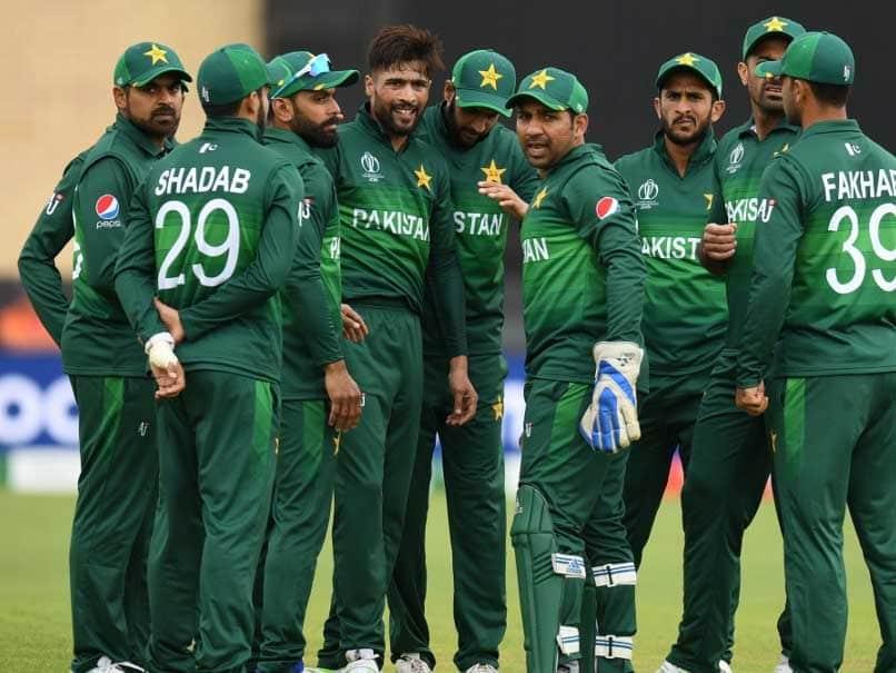 विश्व कप में खराब प्रदर्शन से हरकत में पाकिस्तान क्रिकेट बोर्ड, सेंट्रल कॉन्ट्रैक्ट से हो सकती हैं इन खिलाड़ियों की छुट्टी