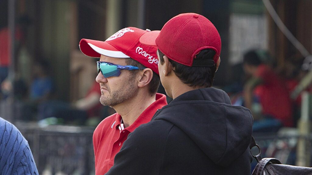 भारतीय टीम का कोच बनने को तैयार माइक हेसन, रवि शास्त्री की जगह लेते ही देंगे बड़ा बलिदान 2