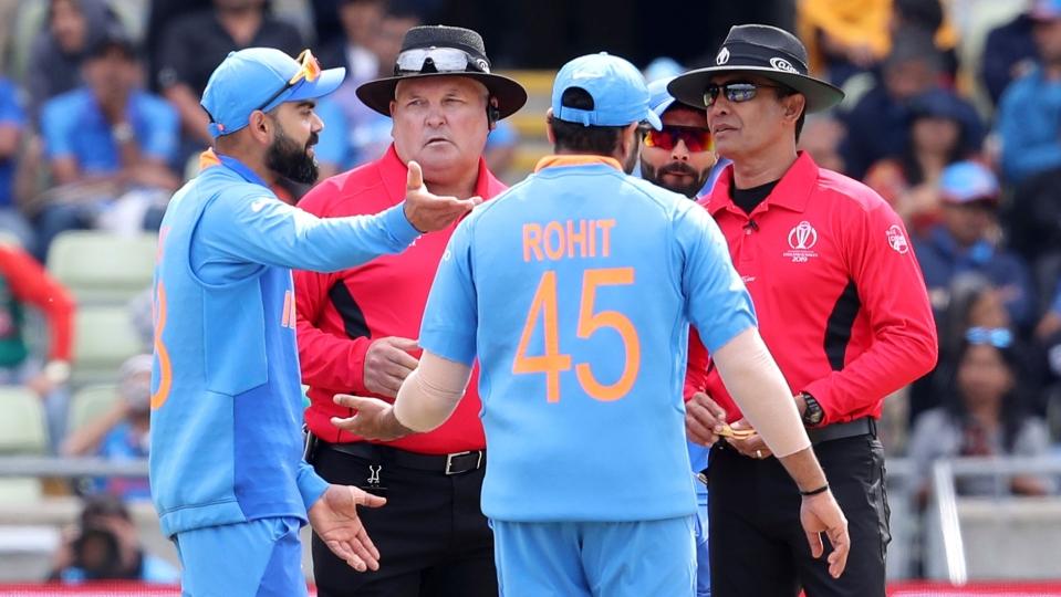 World Cup 2019: फिर अंपायर से मैदान पर भिड़े कप्तान विराट कोहली अब हो सकते हैं वर्ल्ड कप से बाहर 1