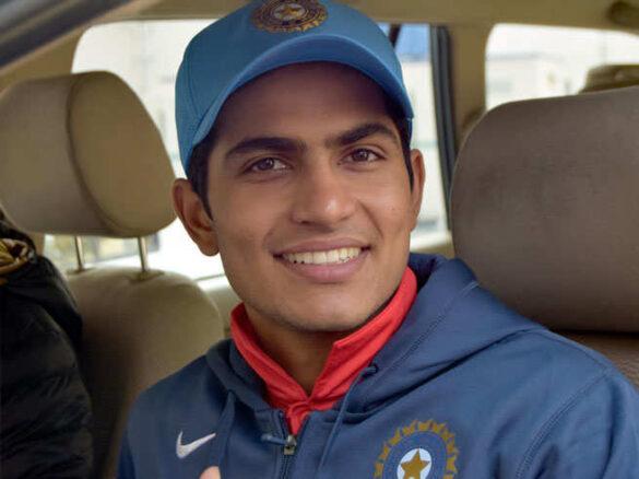 शुभमन गिल ने मनाया अपना 20वां जन्मदिन, इस खिलाड़ी की जगह होंगे टीम इंडिया का हिस्सा 19