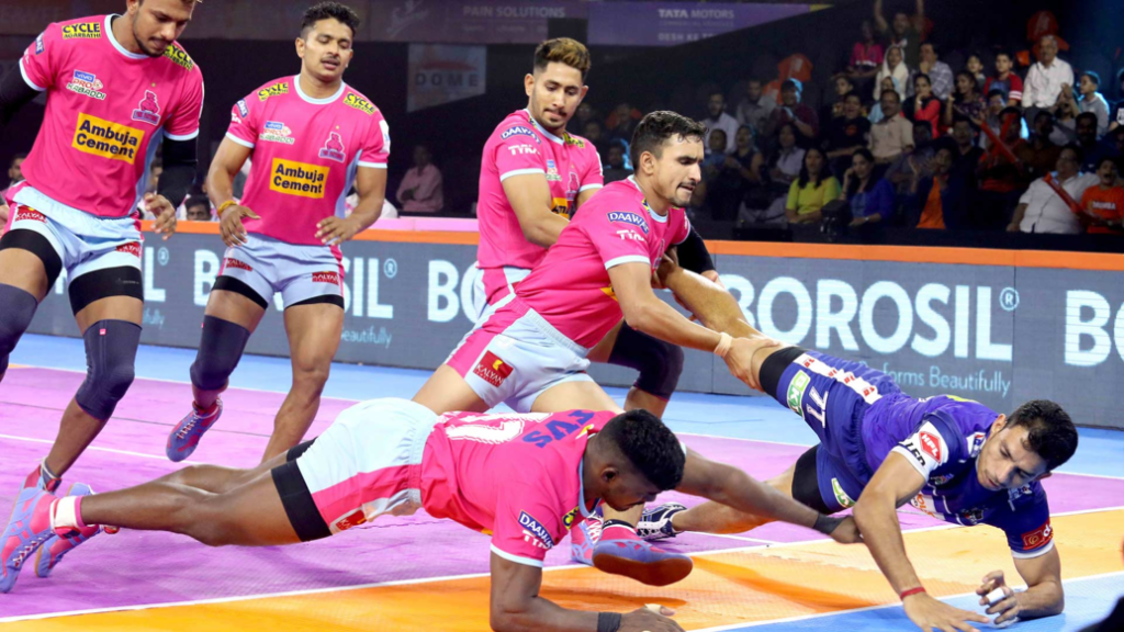 प्रो कबड्डी लीग 2019: जयपुर पिंक पैंथर्स हासिल की लगातार तीसरी जीत, दीपक हूडा फिर चमके 1