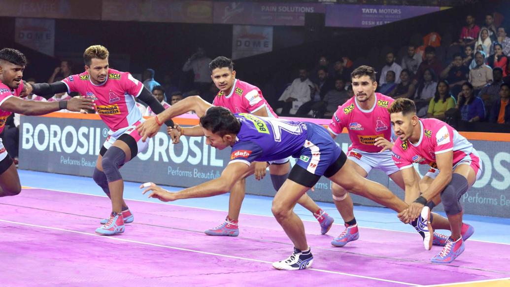 प्रो कबड्डी लीग 2019: जयपुर पिंक पैंथर्स हासिल की लगातार तीसरी जीत, दीपक हूडा फिर चमके