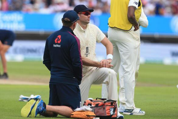एशेज सीरीज: क्या पहले टेस्ट की दूसरी पारी में गेंदबाजी करेंगे जेम्स एंडरसन? 28