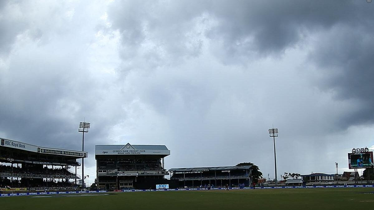 वेस्टइंडीज बनाम भारत: तीसरा वनडे: बारिश ने फिर डाला खलल बंद हुआ मैच, जाने कब होगा अब शुरू
