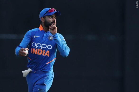 विराट कोहली इन 2 खिलाड़ियों के साथ कर रहे नाइंसाफी,अच्छे प्रदर्शन के बावजूद बैठा रखा है बाहर 38