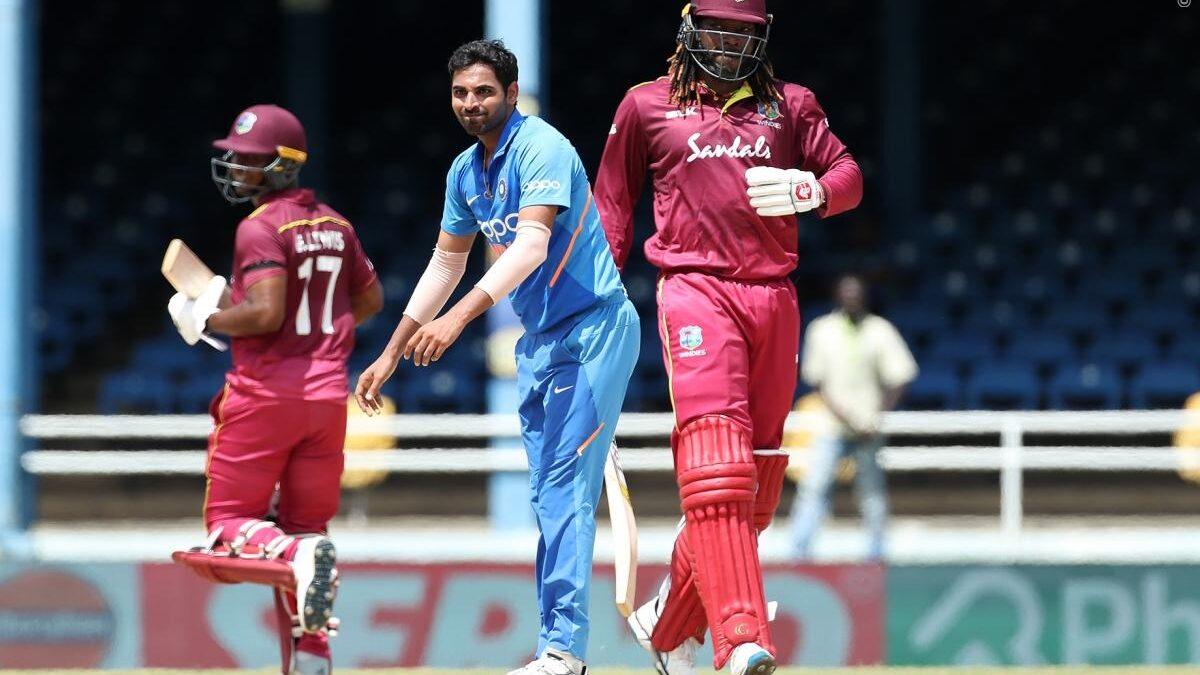INDvWI, तीसरा वनडे: भारतीय टीम ने पहले 10 ओवर में ही बनाया अपना अब तक का सबसे शर्मनाक रिकॉर्ड