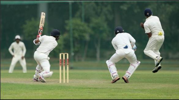 दिलीप ट्रॉफी: युवा बल्लेबाज के शतक से मजबूत स्थिति में इंडिया ग्रीन, देखें स्कोरबोर्ड 8