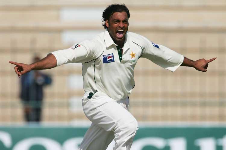 एडम गिलक्रिस्ट से लेकर शोएब अख्तर तक दिग्गजों ने टेस्ट जर्सी पर नाम नंबर के लिए आईसीसी की आलोचना की 2