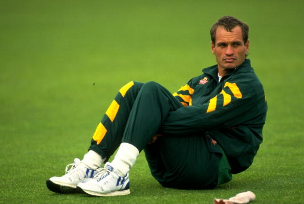 विश्व का एकमात्र खिलाड़ी जो 100 वनडे मैच खेलकर भी नहीं हुआ कभी 0 पर आउट 1