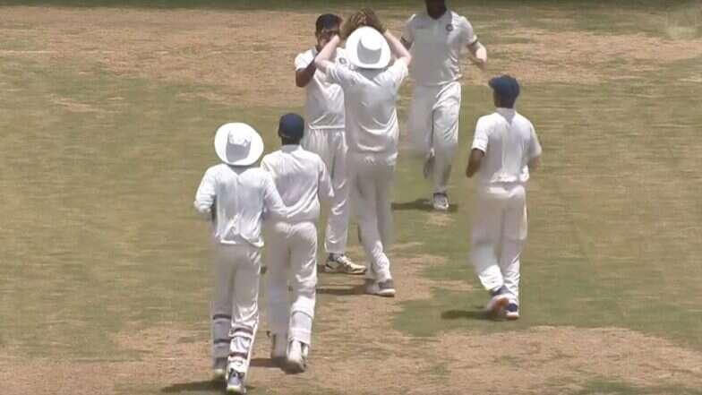 शुभमन गिल के दोहरे शतक के बाद शहबाज नदीम ने की घातक गेंदबाजी, फिर भी वेस्टइंडीज की हुई तारीफ़ 2
