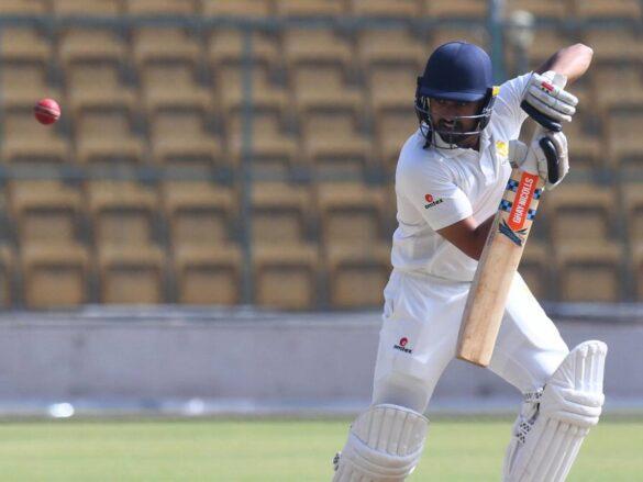 दिलीप ट्रॉफी 2019: करुण नायर की बेहतरीन बल्लेबाजी से मजबूत स्थिति में इंडिया रेड 11
