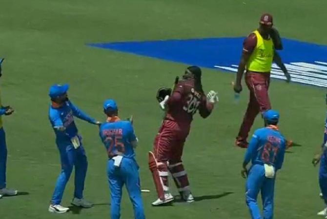 IND VS WI- भारतीय टीम के सीरीज जीतने के बाद ट्वीटर पर छाए कप्तान विराट कोहली, गेल को भी मिली चर्चा 2