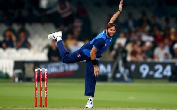दुनिया का सबसे बदनसीब गेंदबाज जिसकी गेंदों पर बने हैं सबसे अधिक 13632 रन 35