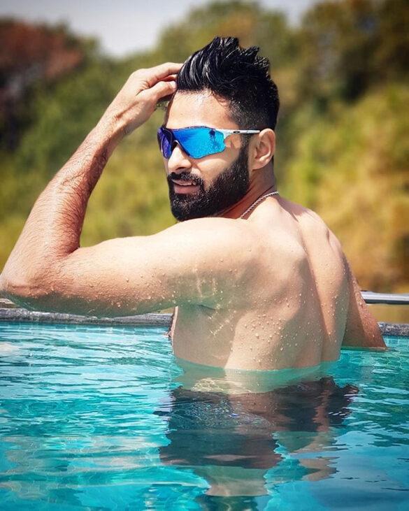इंजीनियरिंग छोड़ क्रिकेटर बना यह भारतीय, आज दिग्गजों पर पड़ रहा है भारी 23