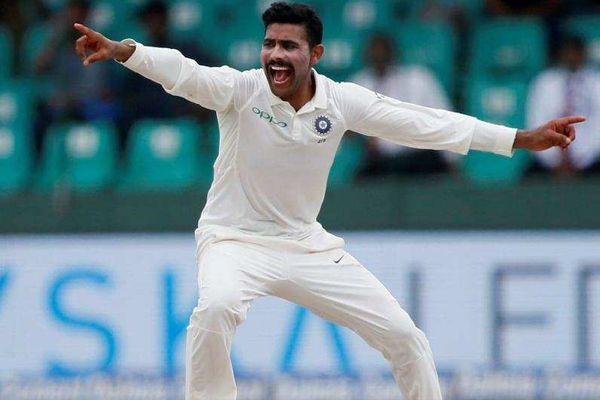 वेस्टइंडीज के खिलाफ रविंद्र जडेजा टेस्ट मैच में 8 विकेट लेते ही रच देंगे यह इतिहास