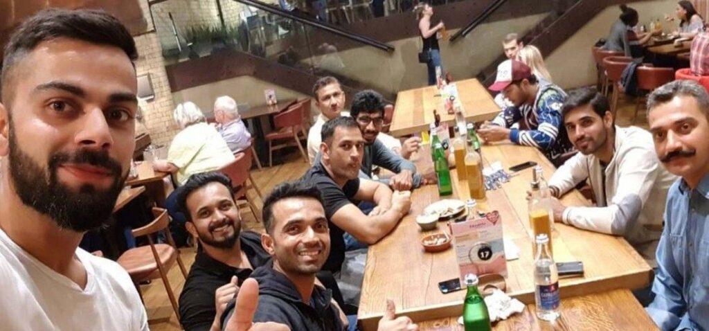 भारतीय क्रिकेट टीम के 5 खिलाड़ी जो शराब-सिगरेट के हैं शौक़ीन,लिस्ट में कई बड़े-बडे़ नाम हैं शामिल 1