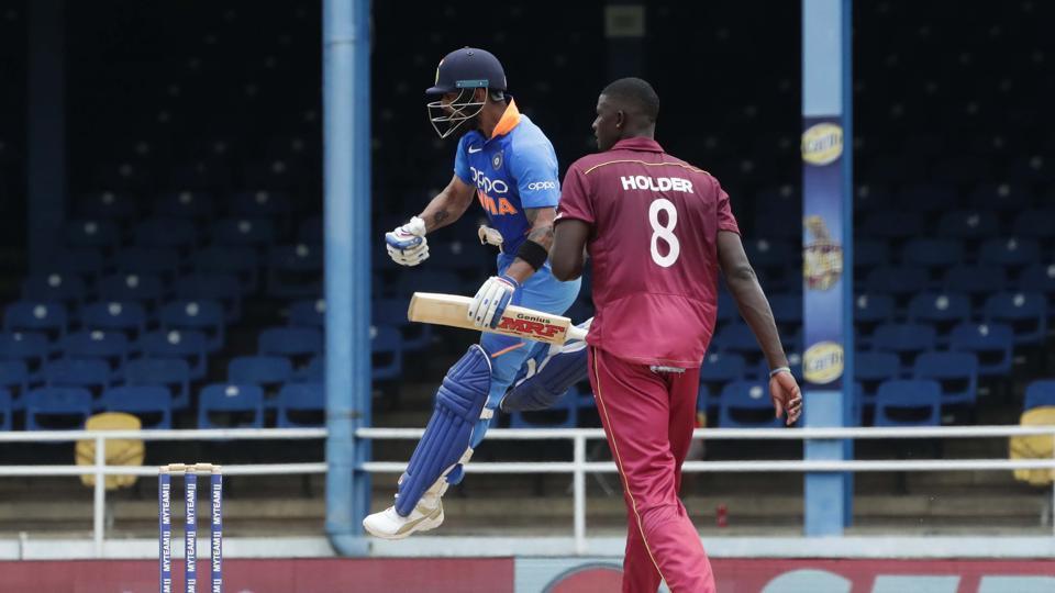 IND VS WI- भारतीय टीम के सीरीज जीतने के बाद ट्वीटर पर छाए कप्तान विराट कोहली, गेल को भी मिली चर्चा