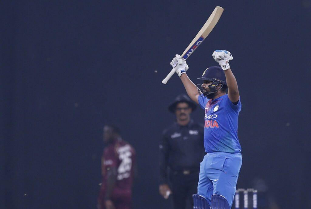 एकमात्र टीम जिसके खिलाड़ियों ने लगाये हैं 50 ओवर की क्रिकेट में 8 दोहरे शतक 1