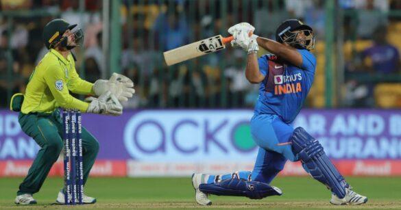 लक्ष्मण ने सुझाया नंबर 4 पर फ्लॉप हो रहे ऋषभ पंत का सही बल्लेबाजी क्रम, जहां रहेंगे सफल 8