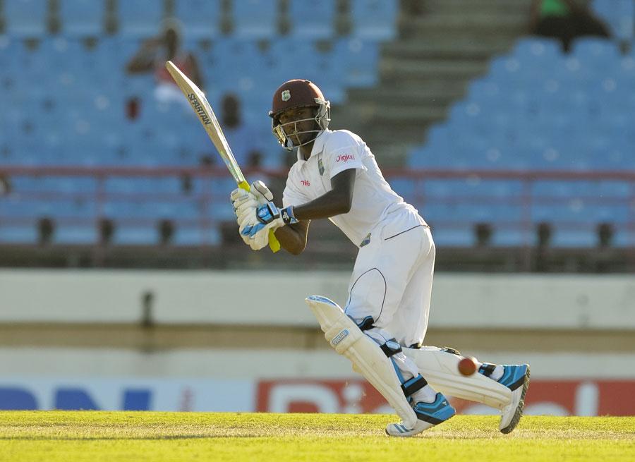 WIvsIND, जमैका टेस्ट: सिर में गेंद लगने की वजह से मैच से बाहर हुए डैरेन ब्रावो, इस खिलाड़ी ने ली उनकी जगह 3