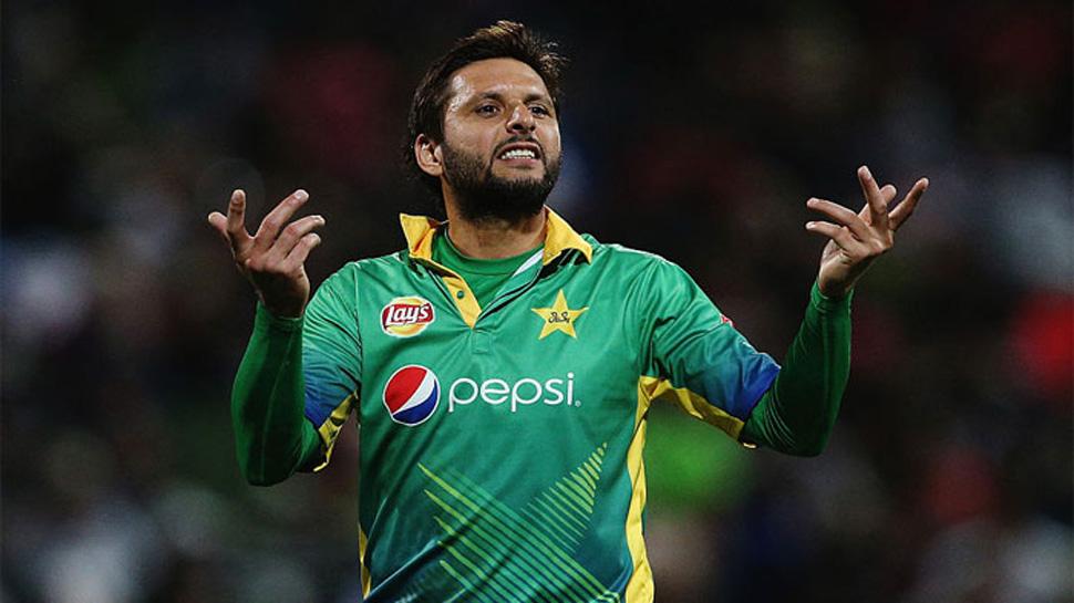 WATCH : फिर बौखलाए शाहिद अफरीदी कहा, आईपीएल टीमें देती हैं खिलाड़ियों को धमकी