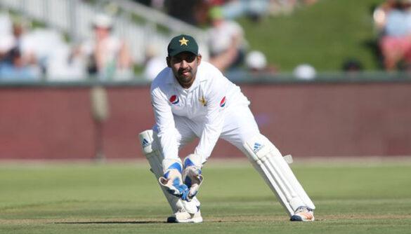 पाकिस्तान के इन 2 दिग्गजों ने सरफराज अहमद को हटा टेस्ट में इन 2 खिलाड़ियों को कप्तान बनाने का किया वकालत 42