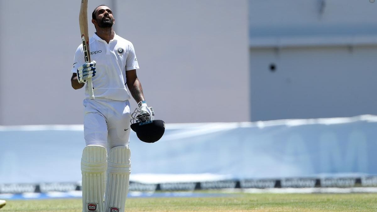 हनुमा विहारी ने कप्तान विराट कोहली नहीं बल्कि टीम से बाहर बैठे रोहित शर्मा को दिया पहला शतक लगाने का श्रेय
