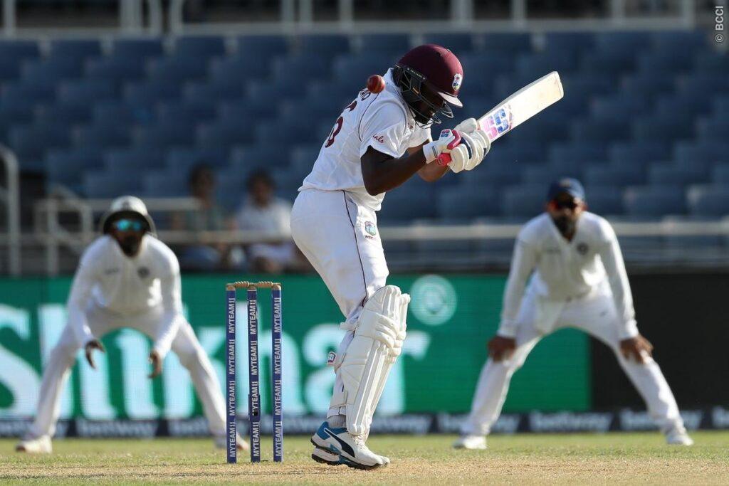 WIvsIND, जमैका टेस्ट: सिर में गेंद लगने की वजह से मैच से बाहर हुए डैरेन ब्रावो, इस खिलाड़ी ने ली उनकी जगह 1