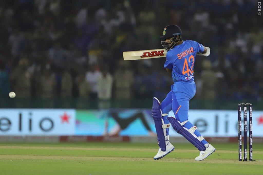 INDvsSA, दूसरा टी-20: विराट कोहली की बेहतरीन बल्लेबाजी से भारत ने 7 विकेट से जीता मुकाबला 3