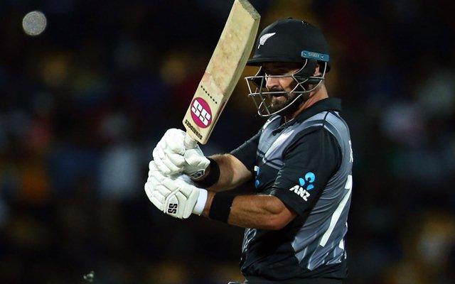 श्रीलंका के खिलाफ टी-20 सीरीज में विस्फोटक बल्लेबाजी के बाद आरसीबी फैंस ने कॉलिन डी ग्रैंडहोम को किया ट्रोल 1