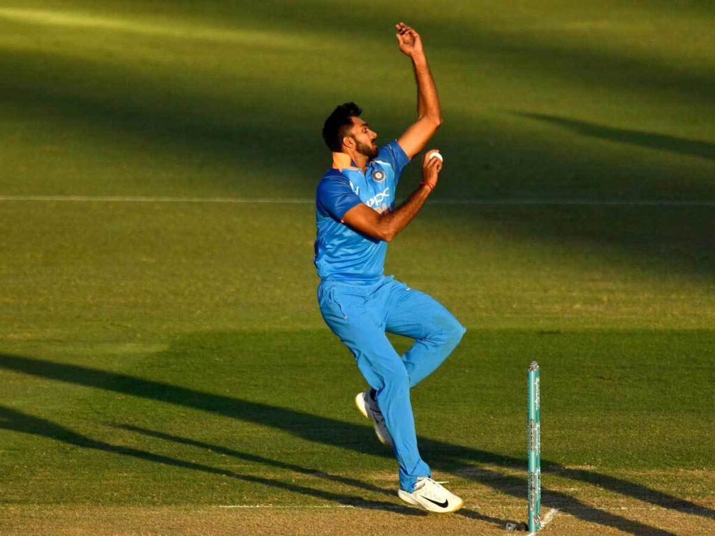 5 खिलाड़ी जिनका महेंद्र सिंह धोनी की कप्तानी में पहला मैच ही बना अंतिम मैच 1