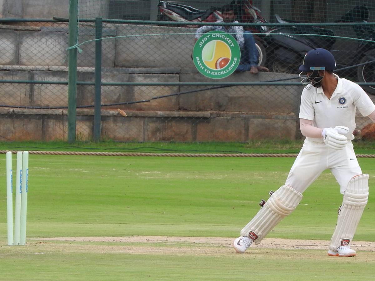 इंडिया रेड और इंडिया ग्रीन के बीच मैच हुआ ड्रा, दिलीप ट्रॉफी के फाइनल में खेलेंगी ये दो टीम 1