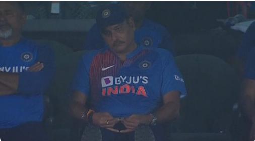 IND vs SA : ट्विटर पर रवि शास्त्री की तस्वीर का उड़ा जमकर मजाक