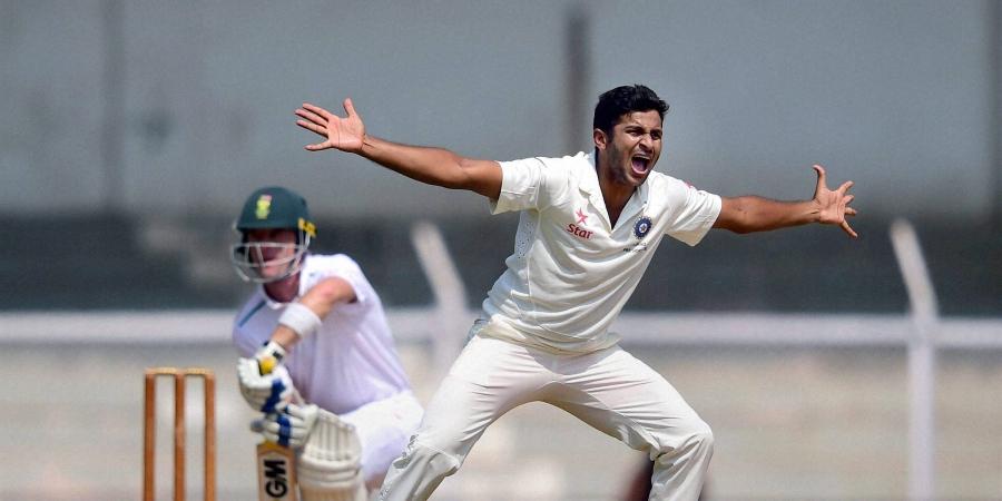IND A vs SA A: शार्दुल ठाकुर की गेंदबाजी और शुभमन गिल के अर्धशतक से मजबूत स्थिति में इंडिया ए 2