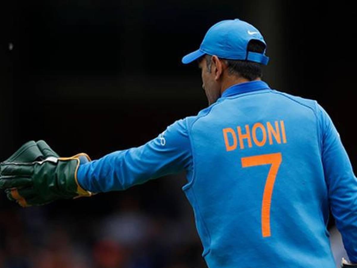 सुनील गावस्कर ने टी-20 विश्व कप 2020 के लिए धोनी नहीं इन विकेटकीपर को बताया टॉप पसंद 1