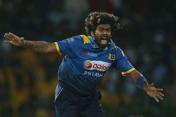 आकाश चोपड़ा ने चुनी अपनी वर्ल्ड टी20 इलेवन, इस दिग्गज को सौपी कप्तानी 8