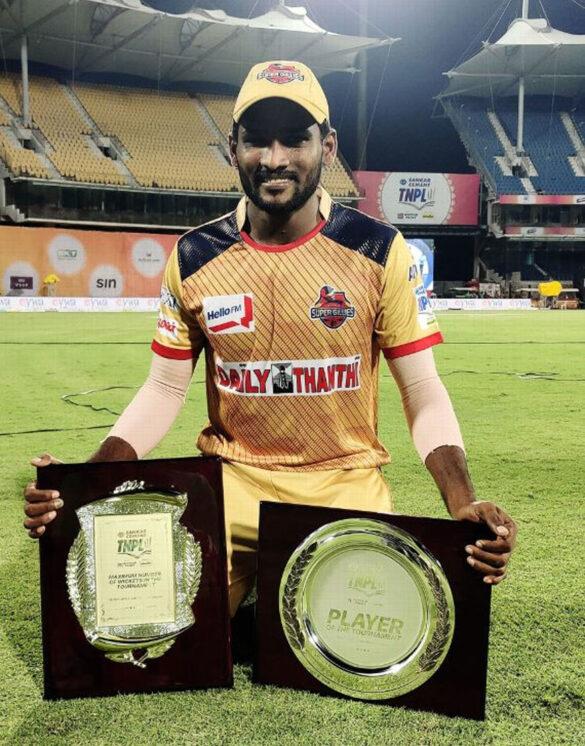 आईपीएल नीलामी में अन्सोल्ड रहे इन 5 खिलाड़ियों को खरीद लेती आरसीबी तो जीत सकती थी इस साल टूर्नामेंट 8