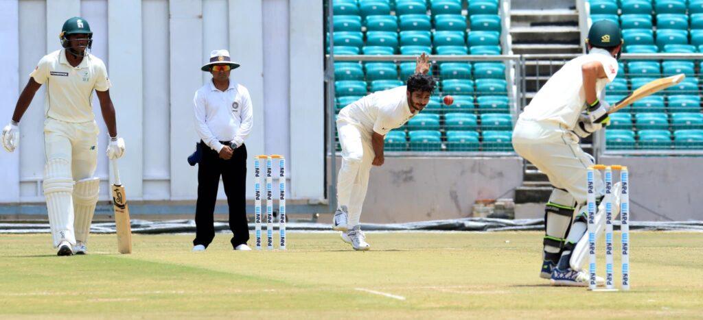 IND A vs SA A: मैच में इंडिया ए की स्थिति मजबूत, शतक से चूके शुभमन गिल 4