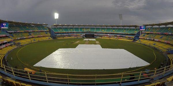 पाकिस्तान-श्रीलंका के बीच खेला जाने वाला पहला वनडे मैच बारिश के कारण रद्द 2