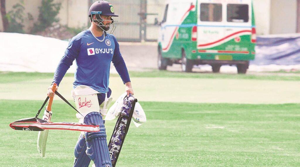 सुनील गावस्कर इस खिलाड़ी को मानते हैं खराब फॉर्म से जूझ रहे ऋषभ पंत का सबसे बेहतर विकल्प 1