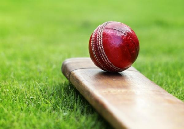 पाकिस्तान में मैच के दौरान मैदान पर ही हुई अंपायर की मौत
