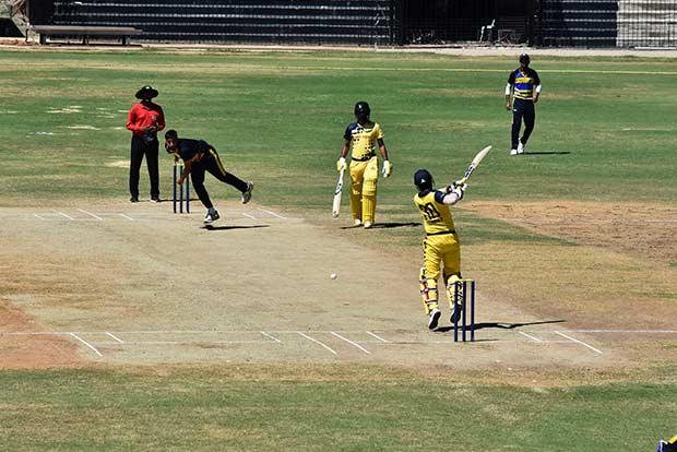सैयद मुश्ताक अली टूर्नामेंट : फाइनल में कर्नाटक ने तमिलांडू को 1 रन से हराया, मनीष पांडे चमके 2