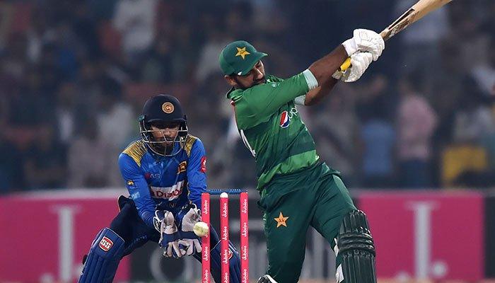 राशिद लतीफ ने श्रीलंका के खिलाफ टी-20 सीरीज हार के बाद सरफराज अहमद को दी खास सलाह