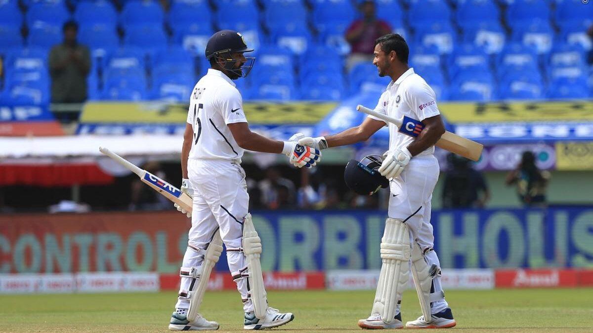 रोहित शर्मा और मयंक अग्रवाल की सलामी बल्लेबाजी ने तोड़ा गंभीर और सहवाग का 15 साल पुराना रिकॉर्ड